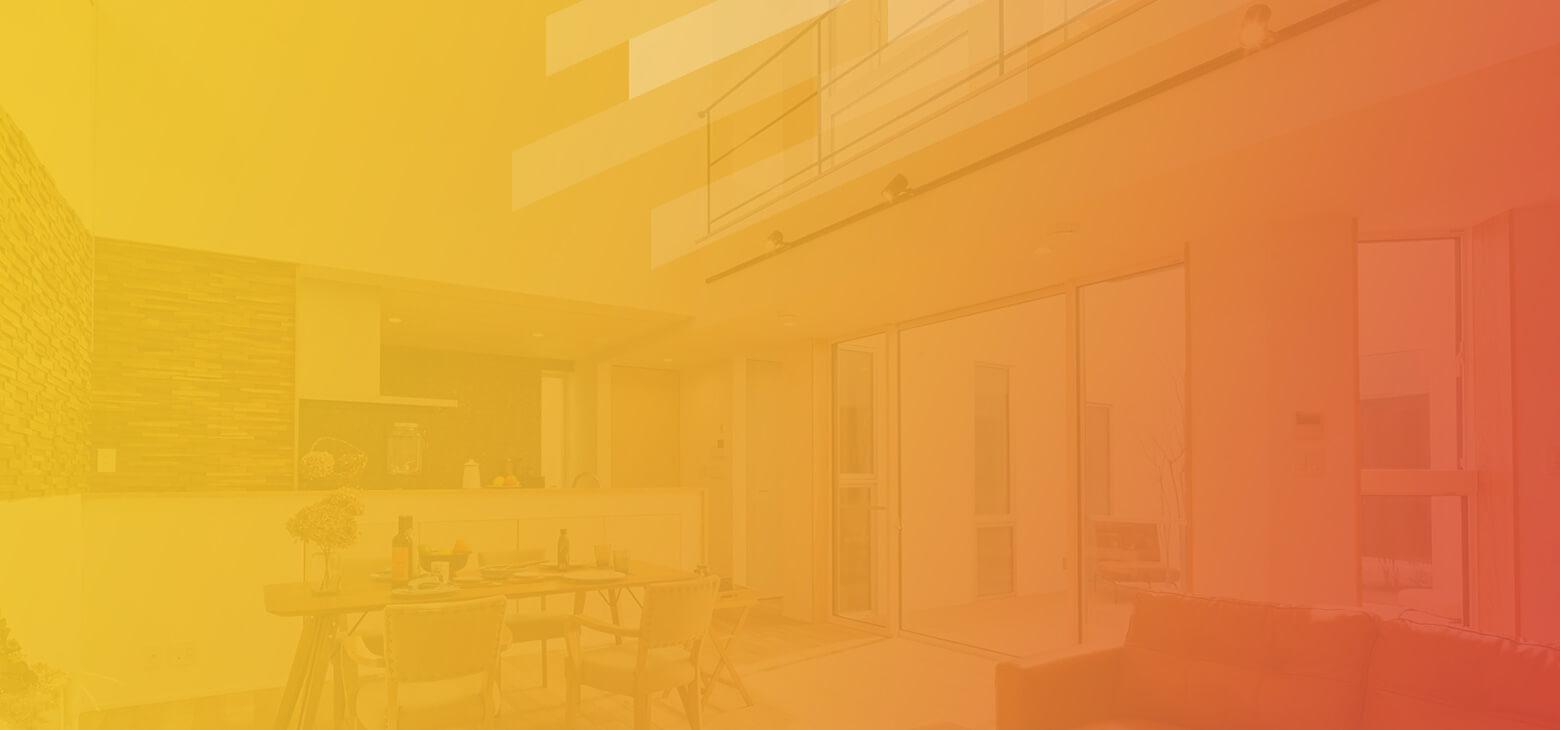 01. ダイニングキッチンに陽光が注ぐ家